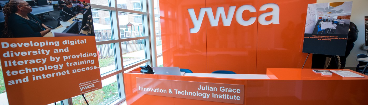 YWCA Metropolitan Chicago celebrates the opening of its eighth community-based center, the Julian Grace Innovation & Technology Institute, in North Lawndale with an open house and dedication ceremony. The center, which will focus on bringing innovation programs and services, was funded by Steve Sarowitz, Founder and Chairman of Paylocity. Thursday, December 10th 2015. Chicago, IL. Christopher Dilts /